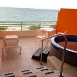 Ocean Whirlpool Suite balcony with ocean front view