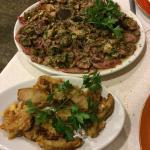 tagliata di Chianina ai funghi porcini e funghi fritti