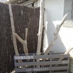 de jolies décoration en bois floté sur la terrasse de la chambre