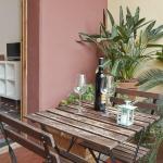 Domenech room & terrace
