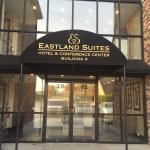 Eastland Suites Hotel & Conference Center Foto