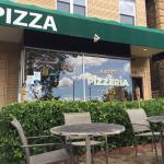 Katie's Pizza Foto