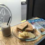 Cafe La Lola