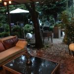 Hotel Ashley's Garden Foto