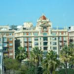 Edificios frente a la plaza
