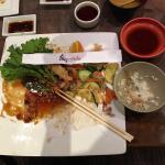 Photo de Tomodachi Sushi Bistro