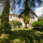 Photo of Le Petit Chateau Argoumbat