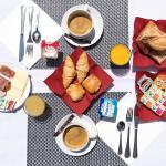 Petit déjeuner Hôtel Le Chapon Fin