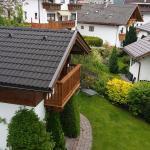 Gartenhaus mit Kräutergarten