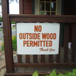 sign about firewood