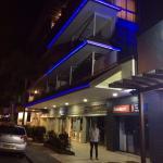 Vue de l'hôtel de nuit