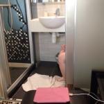 ถ้าเข้าห้องน้ำจะต้องเปิดประตูจะได้พื้นที่เพิ่ม จะได้ไม่อึดอัด5555