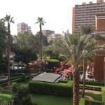 Blick vom Hotelzimmer in den Garten