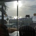 7층 수영장에서 보이는 바다풍경