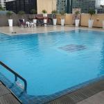 piscine sur le toit au 9ième etage