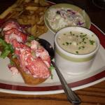 lobster roll and clam chowder..yummy
