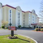 Photo of Comfort Suites University