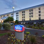 Fairfield Inn & Suites Winston-Salem Hanes Mall Hotel