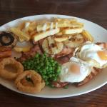 Meal at The Flag pub Watford Junction