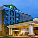 Hotel Exterior Holiday Inn Express & Suites Columbus-Fort Benning
