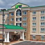 Hotel Exterior Holiday Inn Express & Suites Columbus-Fort Benning
