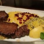 صورة فوتوغرافية لـ Golestan Iranian Restaurant