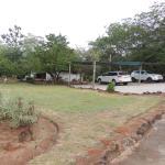 Jardines y zona de parking