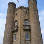 Photo of Walk to Broadway Tower