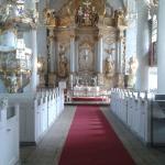 interno con altare
