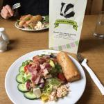 Yummy bacon, avocado & Brie salad