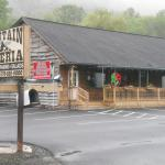 Mountain Pizzeria Restaurant