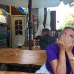 Fisch essen in dem Restaurant Helgolandia