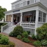 Photo de The Roberts Collection - Manor House Inn