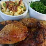 Spun Chicken platter with Mac & Cheese and Broccoli