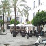 Plaza mit Bars