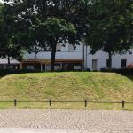Siegfrieds Grab, Torturmplatz