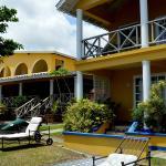 Paradise Beach Hotel Photo