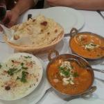 vegetarian curry and chicken tikka masala