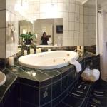Harbor View Bathroom