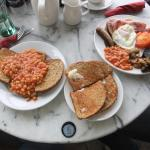 Full cooked breakfast & beans on toast