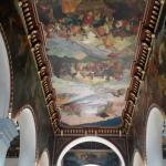 Pinturas del pintor Venezolano Tito Salas ubicados en el techo y muros del recinto