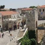 The Old City at the Jaffa Gate entrance. Excellent walking tour with, Miriam Safira Simon Zarovs