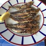 Photo de la grillerie de sardines
