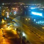 Vista nocturna de Guayaquil desde habitación Hotel Sheraton
