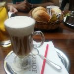 Cafe Restaurant Mengin Foto