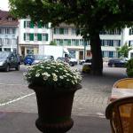 Unterseen - Café Treff - Terrasse mit Blick auf Altstadt