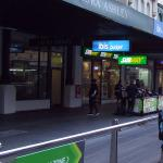 Entrance to IBIS Budget from Elizabeth St