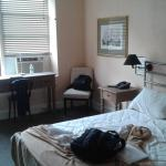 Larchmont Hotel Picture