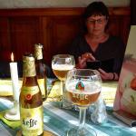 Wir sind nicht unbedingte Biertrinker, aber: Leffe Bier empfehlen wir...