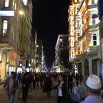 la rue piétonne Istiklal Cd